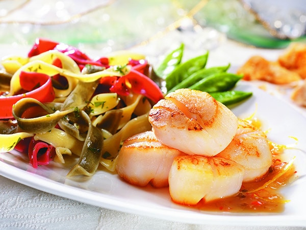 Scallops with Lemon and Maple Dressing