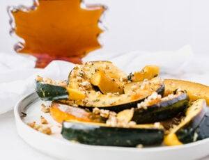 Maple Rosemary Roasted Acorn Squash